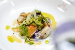 【魅蓝】羊腿肉配米粒面色拉,橄榄和番茄