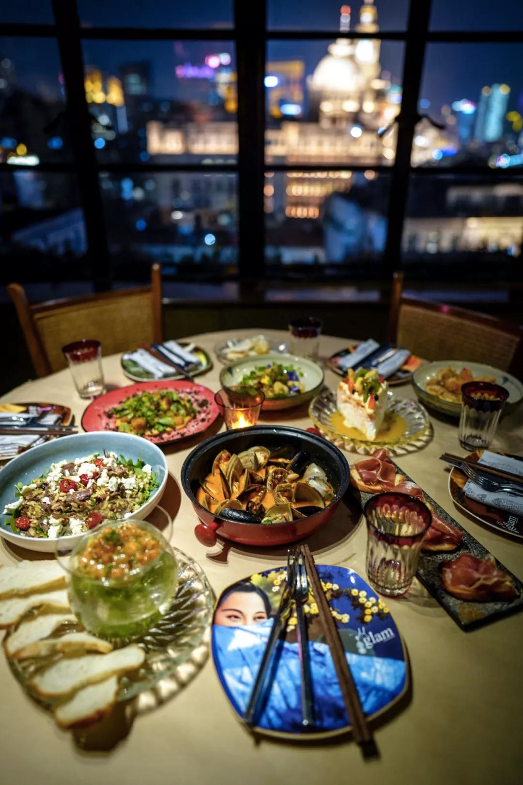 """""""美味在线""""魅蓝全新晚餐菜单上市 EAT AT 'GLAM EATS'"""
